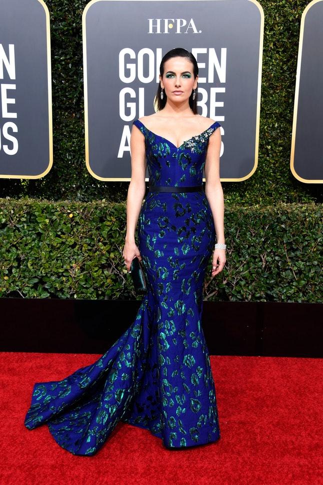 Albastru - Golden Globe 2019 / Foto bustle.com